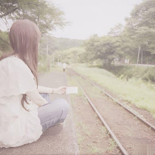 我说了所有的谎,你全都相信,只一句我爱你,你却不相信1